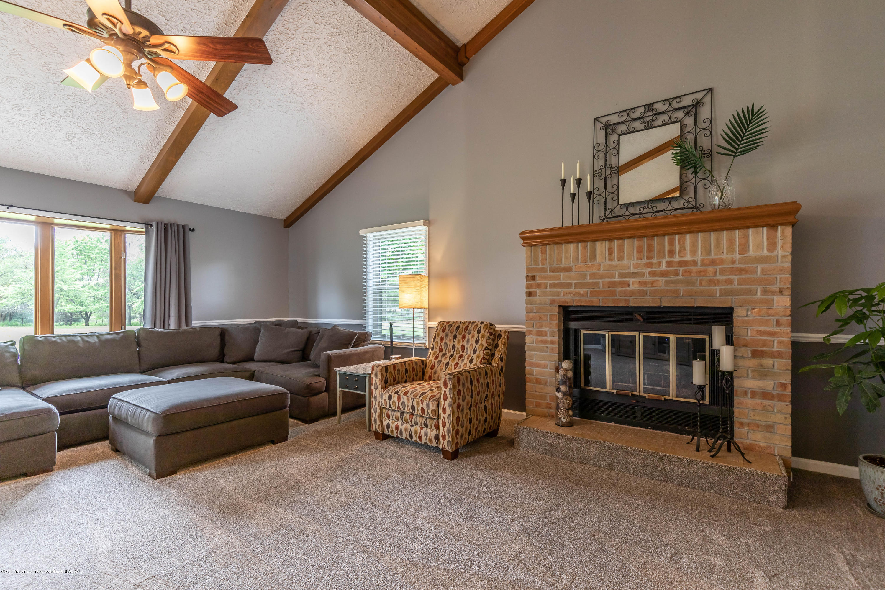 13532 Turner Rd - Living Room - 10
