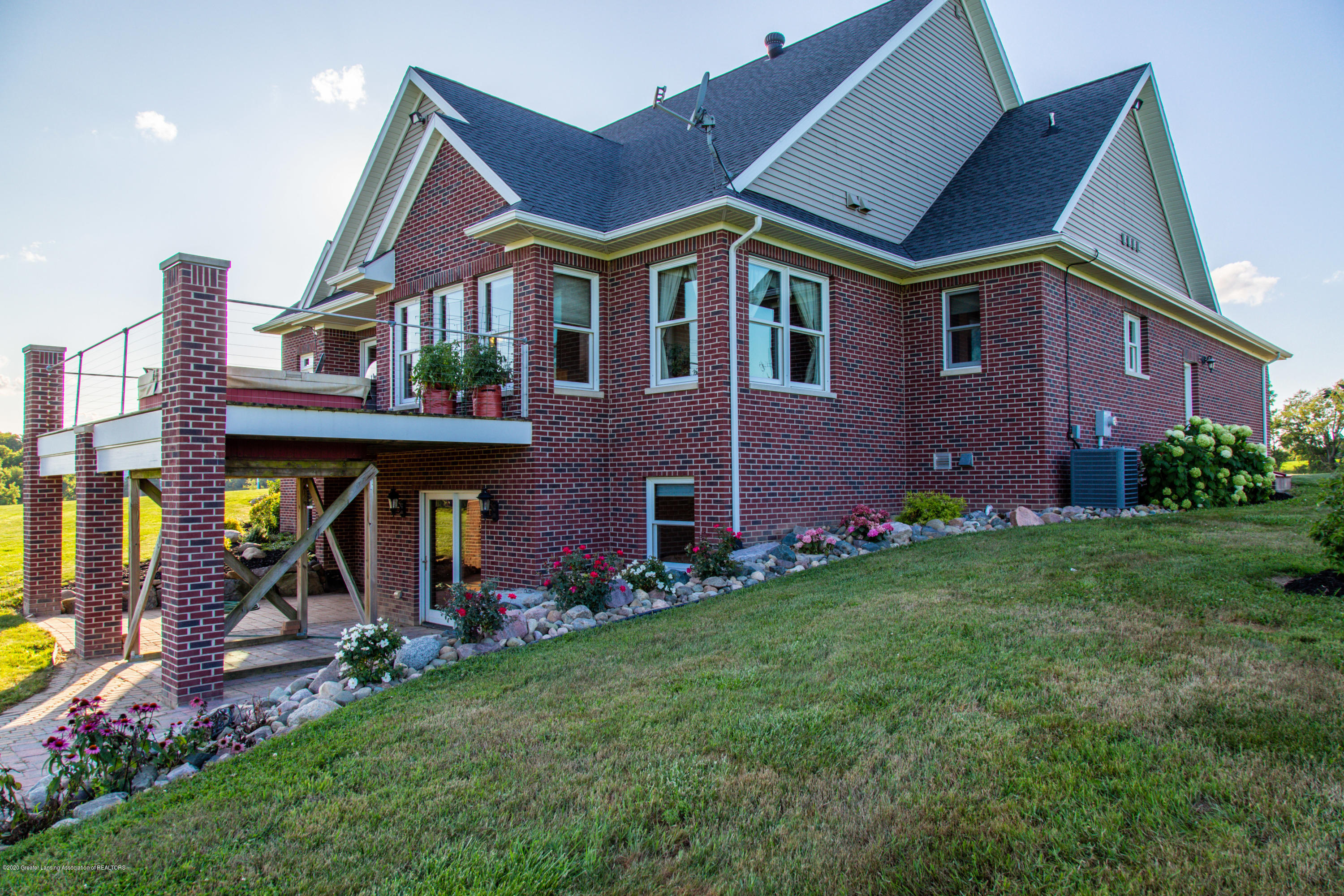 12315 Forest Hill Rd - 20190808-942A0573-HDR - 6