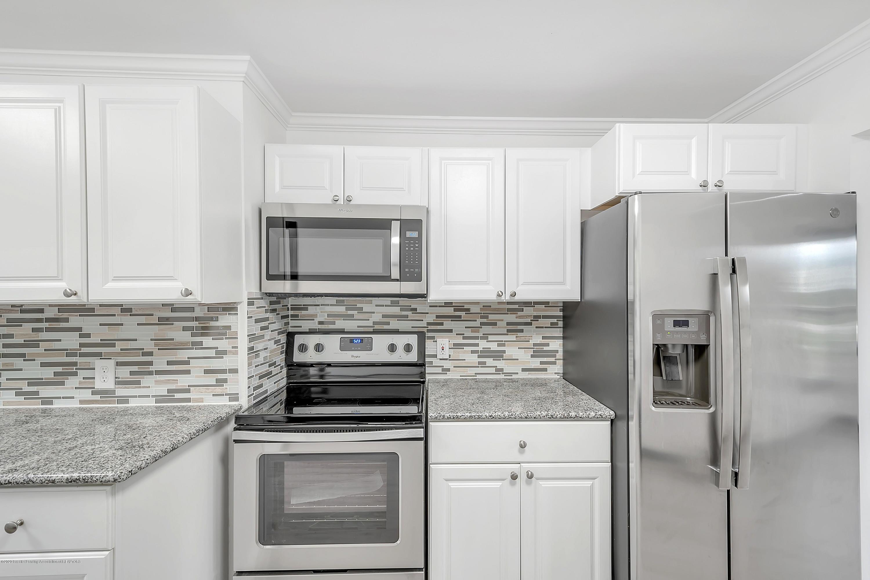 4458 M-52 - Kitchen - 12