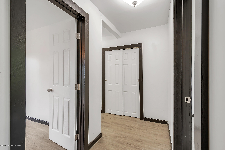 4458 M-52 - Hallway - 15