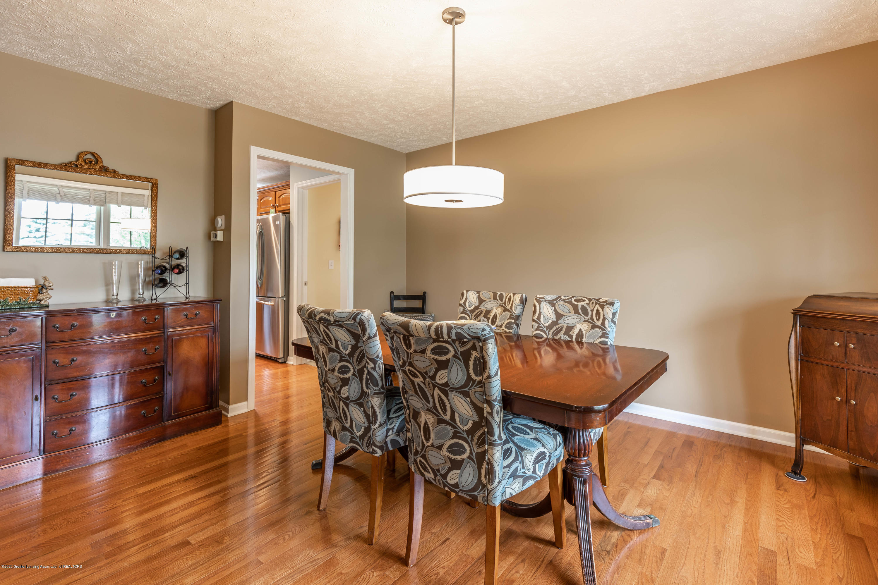 3098 Granview Ln - granviewdining3 (1 of 1) - 6