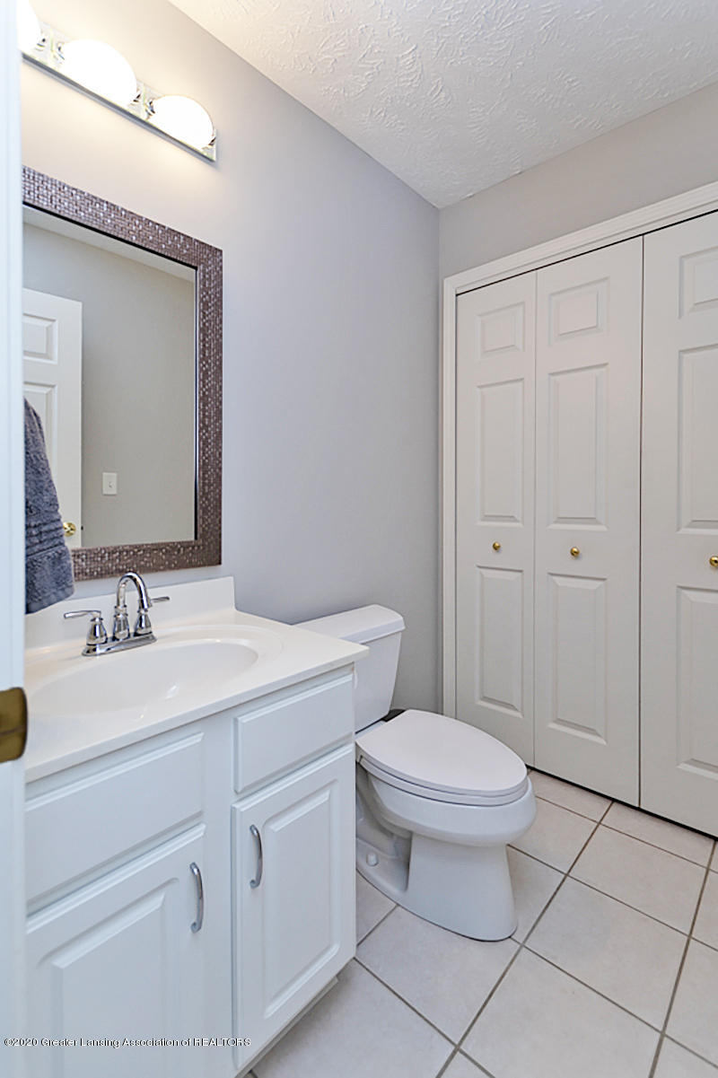 6410 Highland Ridge Dr - 19 laundry and half bath - 23