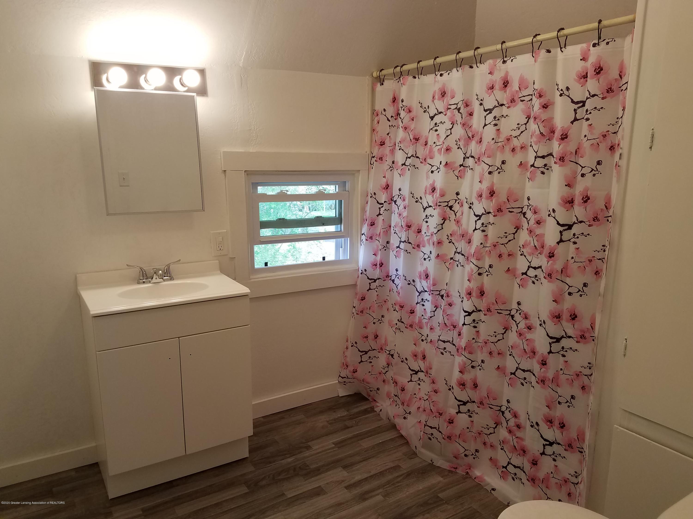 103 S Swegles St - Bathroom - 20