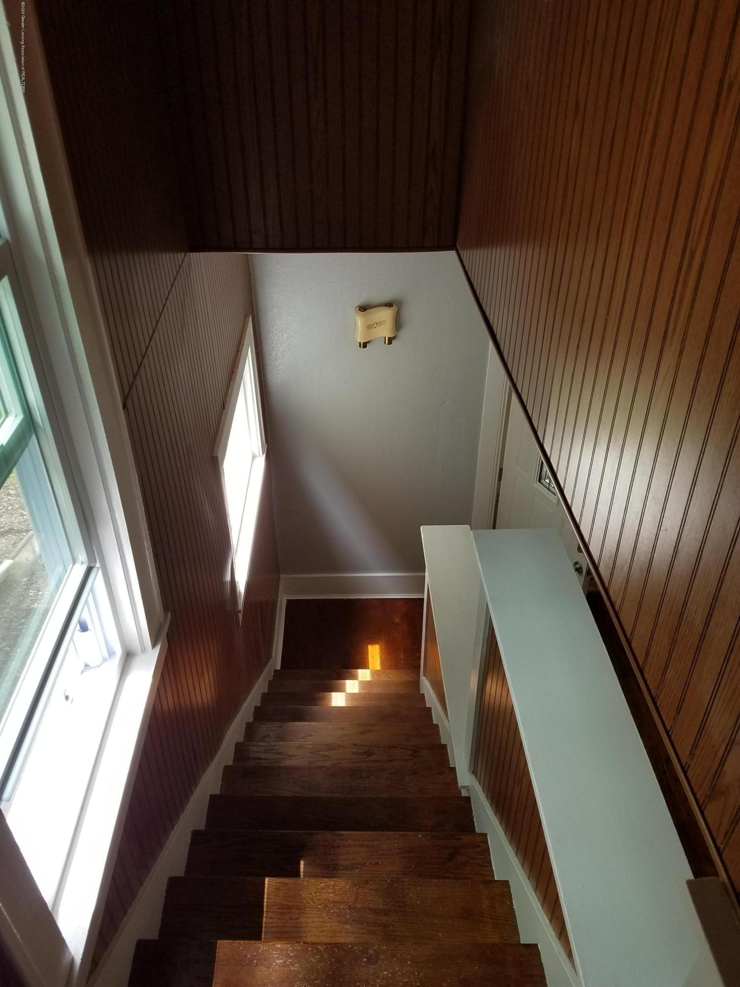 103 S Swegles St - Stairs - 30