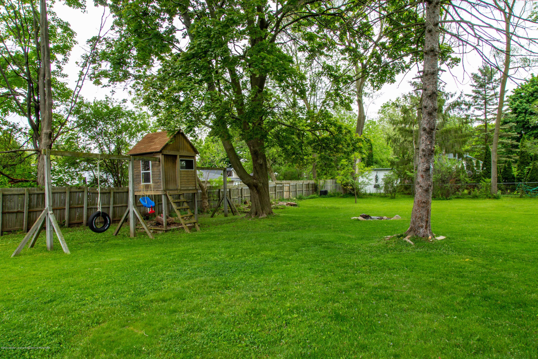 1531 Snyder Rd - Large Back Yard - 25
