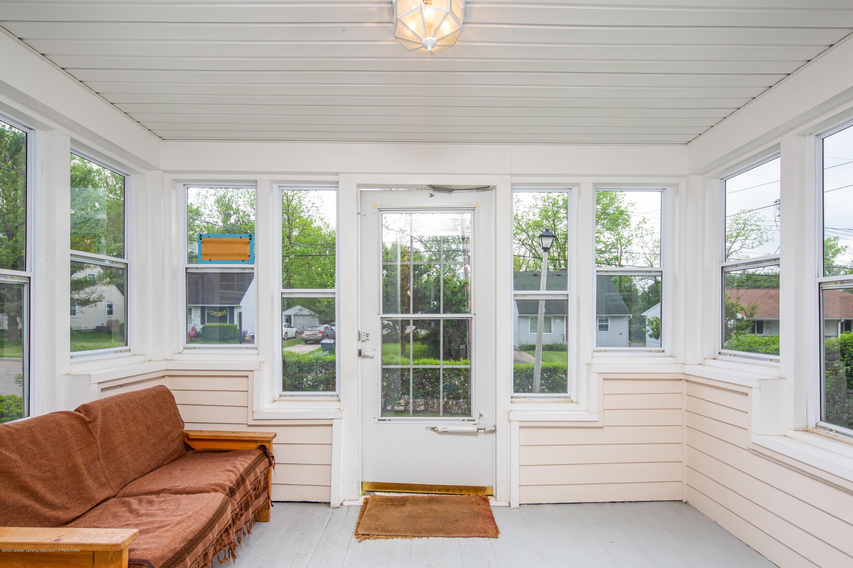 1531 Snyder Rd - Enclosed Front Porch - 3