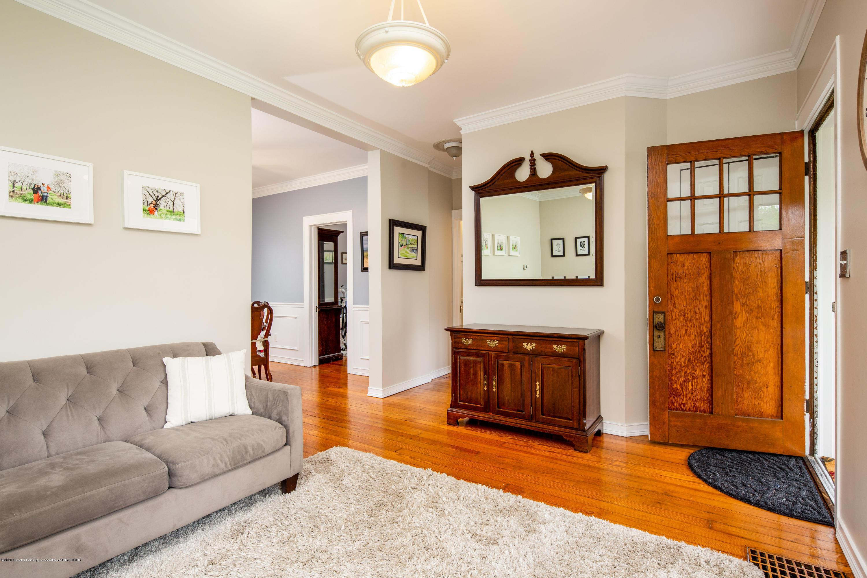 1531 Snyder Rd - Living Room - 5