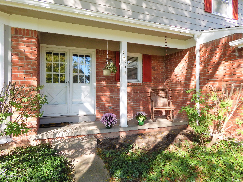 5435 Amber Dr - Quaint Front Porch - 5