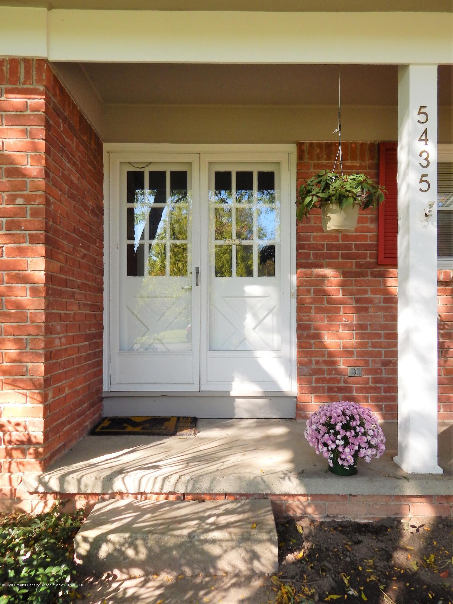 5435 Amber Dr - Double Doors - 4