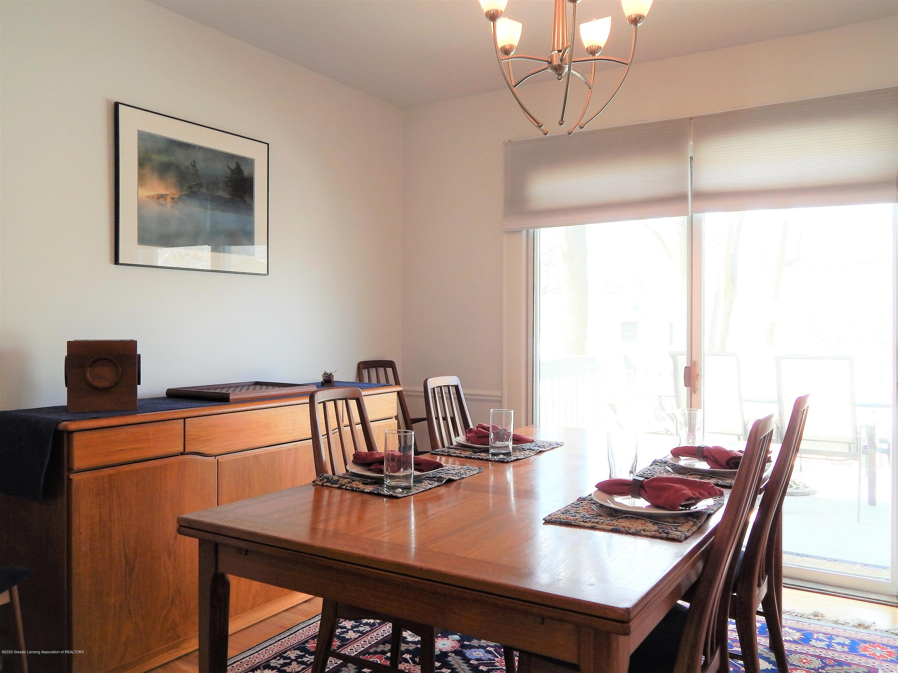 5435 Amber Dr - Dining - 14