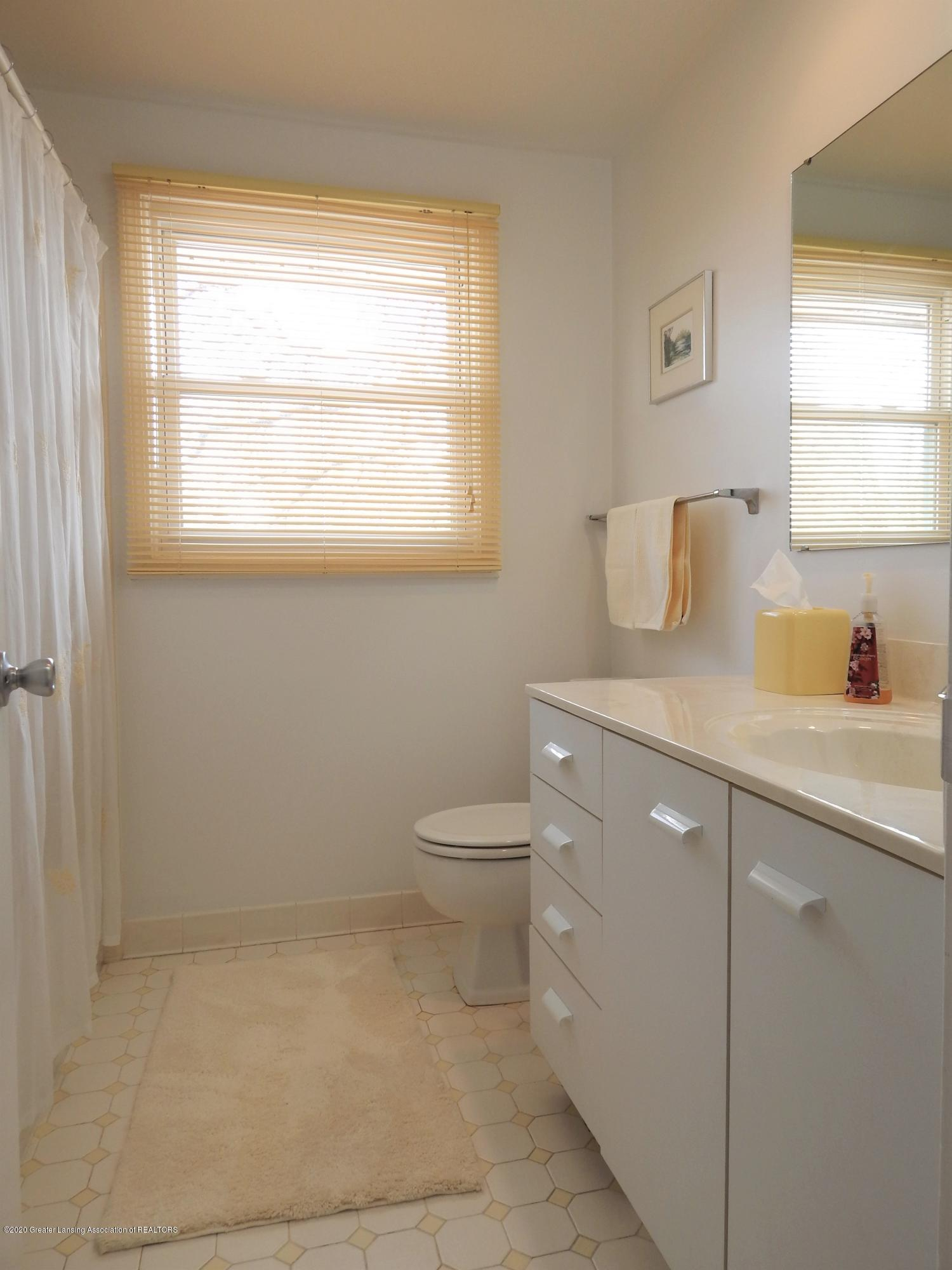 5435 Amber Dr - Bathroom - 26