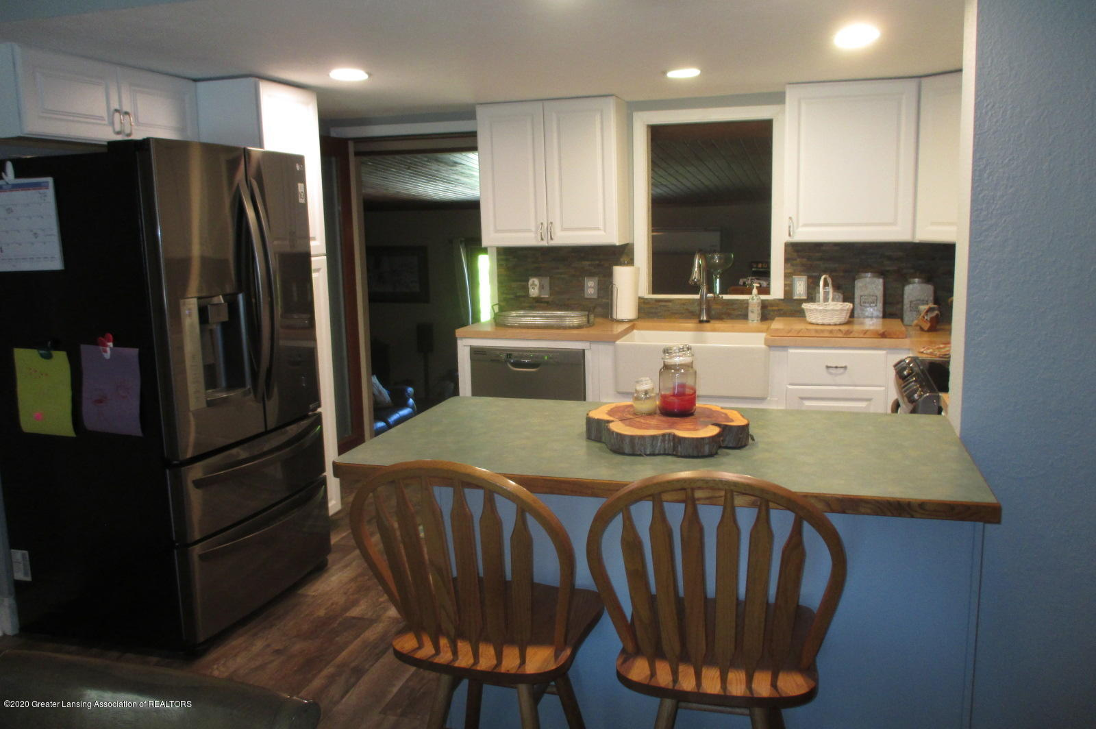 691 Millerburg Rd - 2 Kitchen - 2