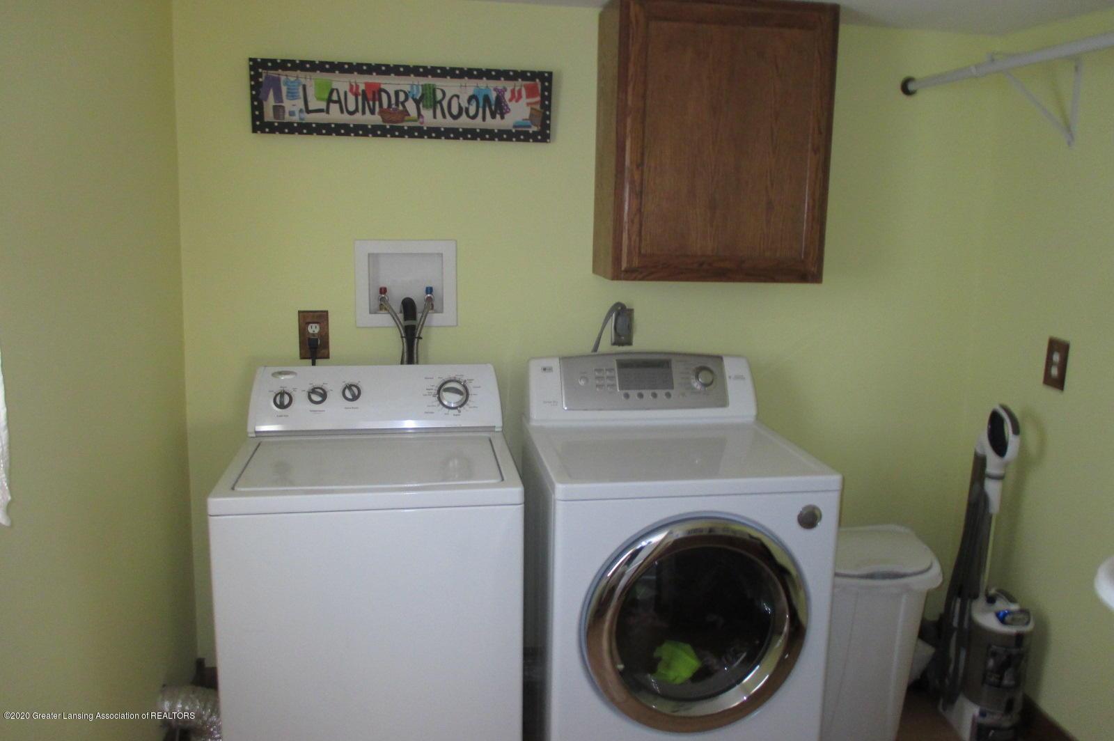 691 Millerburg Rd - 11 1st Fl Laundry - 10