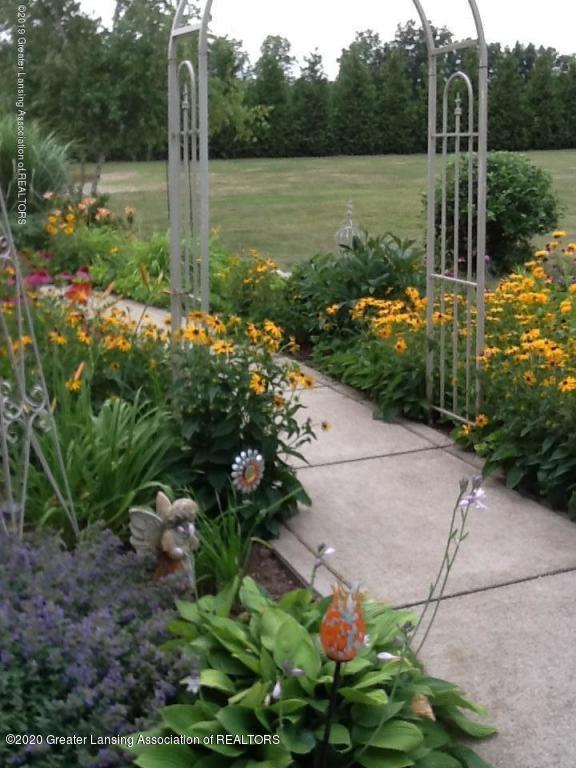 6551 Rossman Hwy - Rossman Flowers 4 - 48