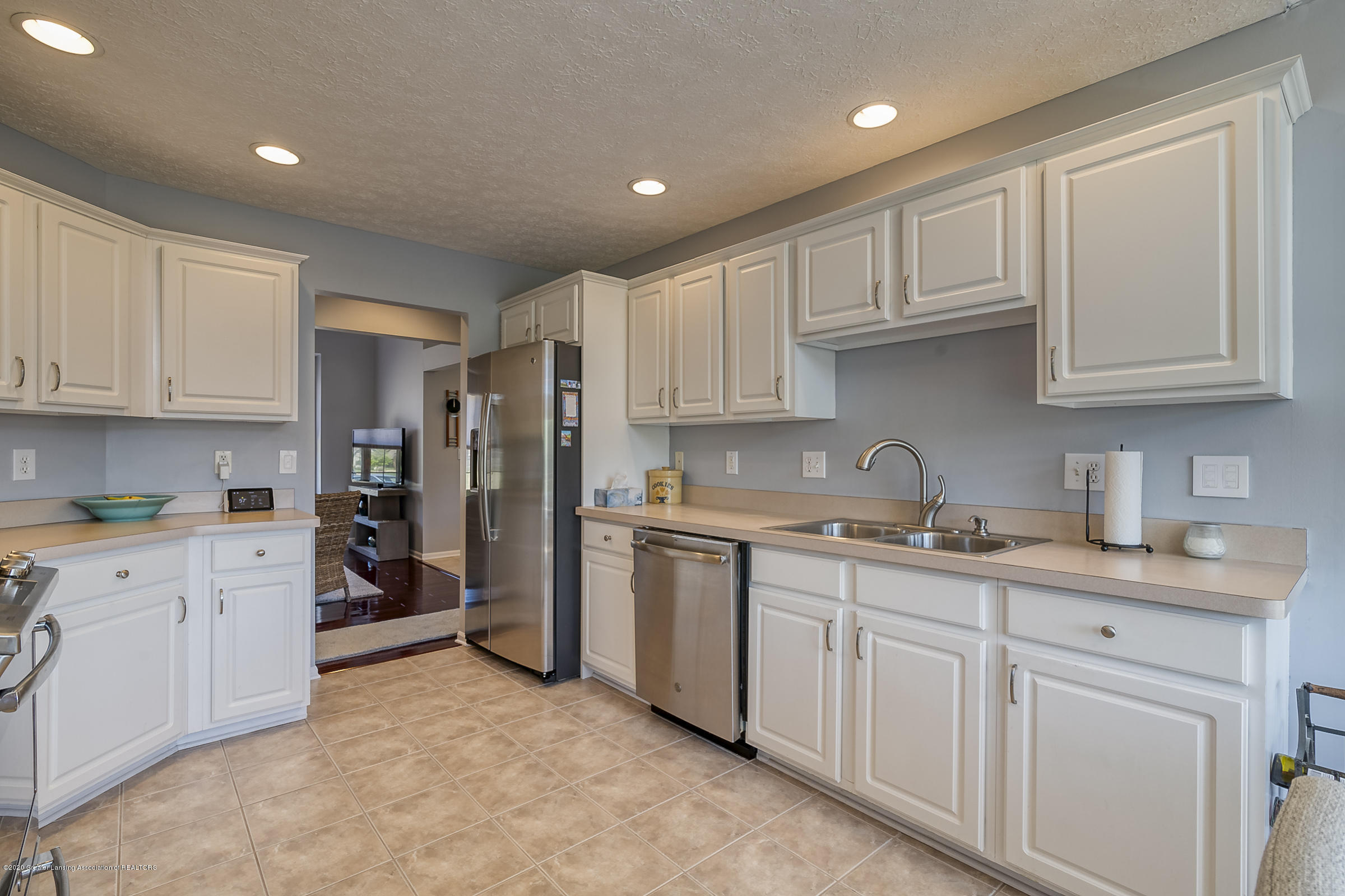 4092 Pheasant Run - KITCHEN - 14