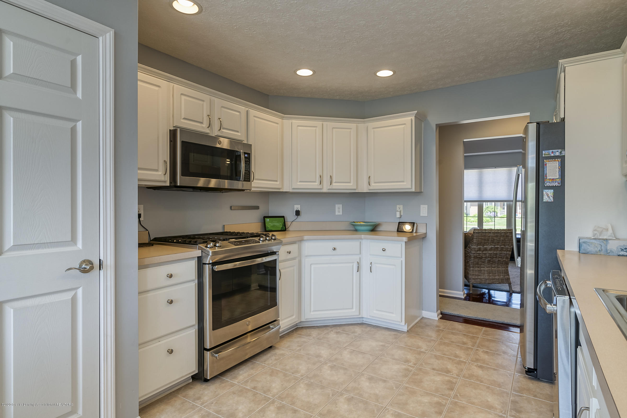 4092 Pheasant Run - KITCHEN - 15