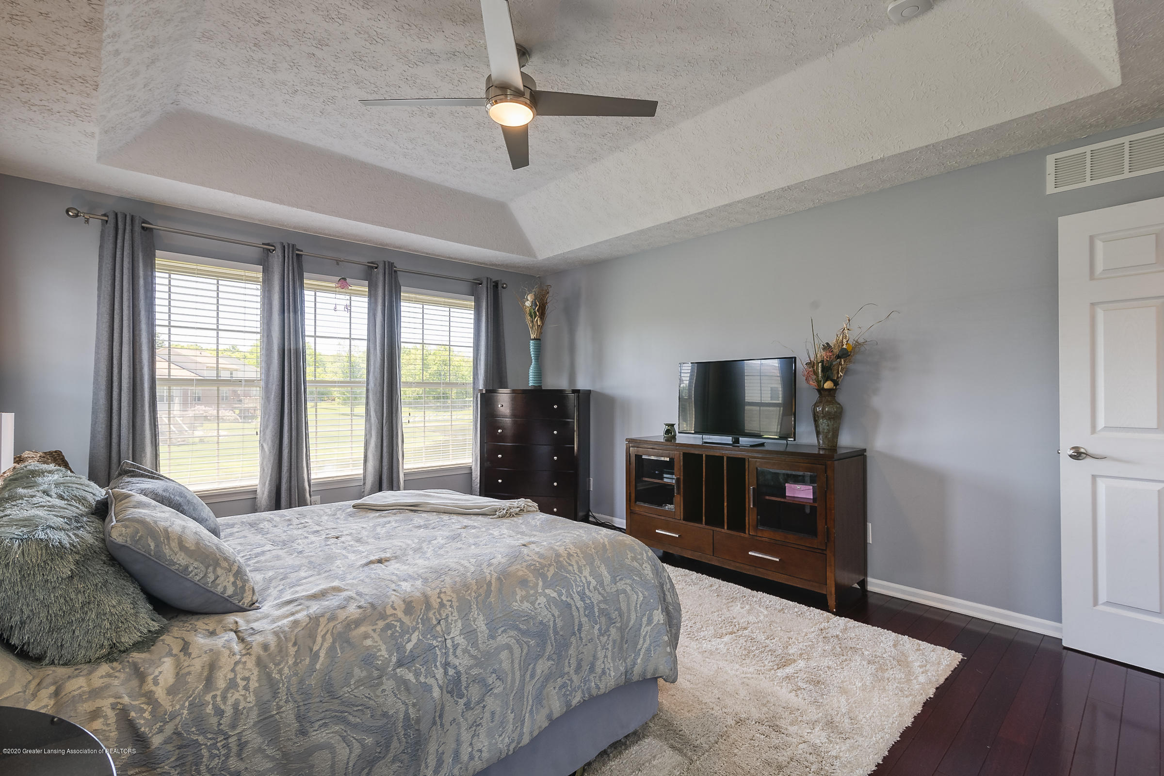 4092 Pheasant Run - MASTER BEDROOM - 20