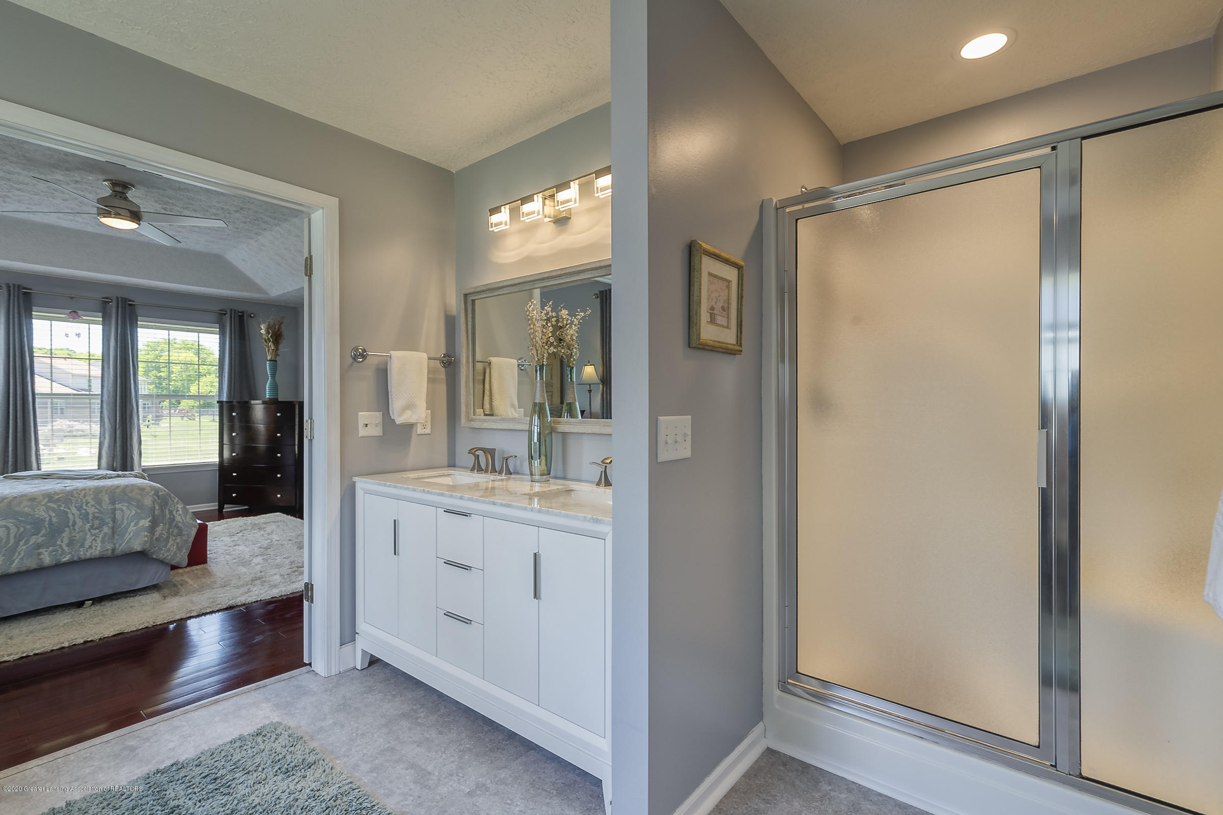 4092 Pheasant Run - MASTER BATHROOM - 23