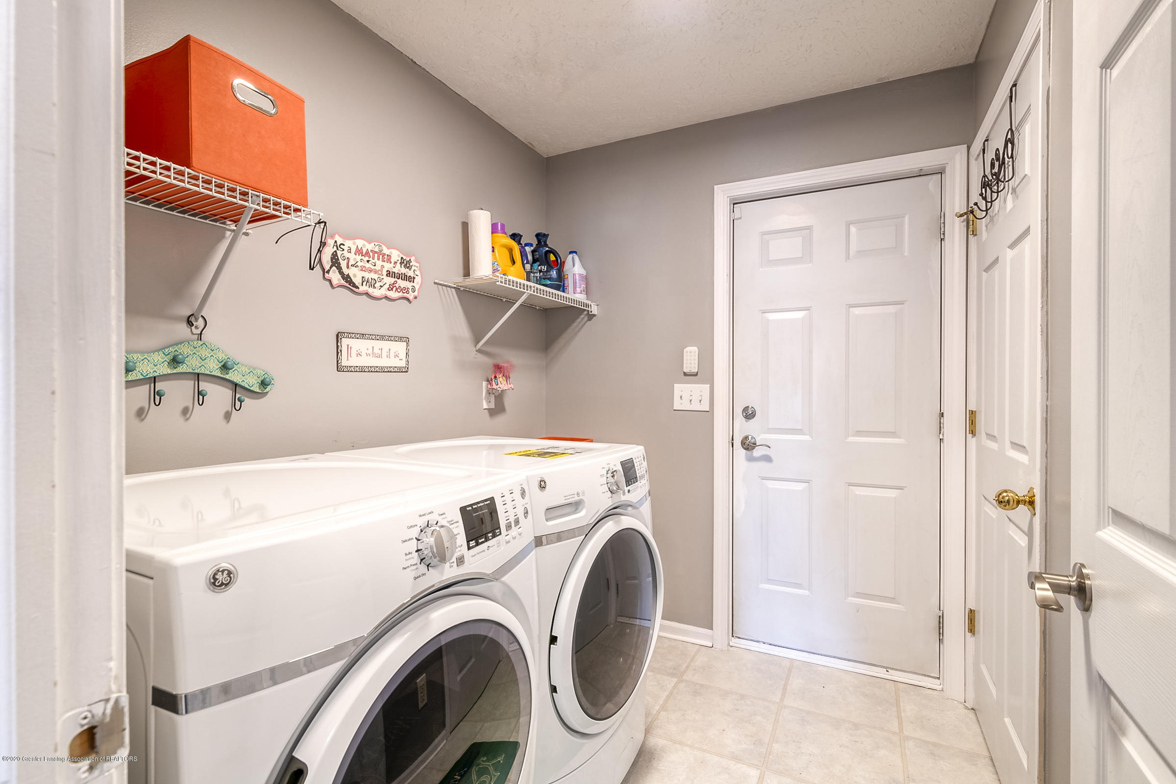 4092 Pheasant Run - 1ST FLR LAUNDRY - 30