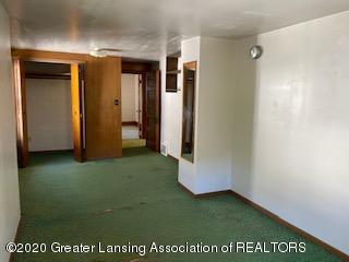 223 W Barnes Ave - Bedroom - 23