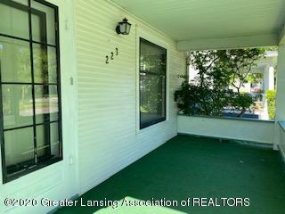 223 W Barnes Ave - Front Porch - 4