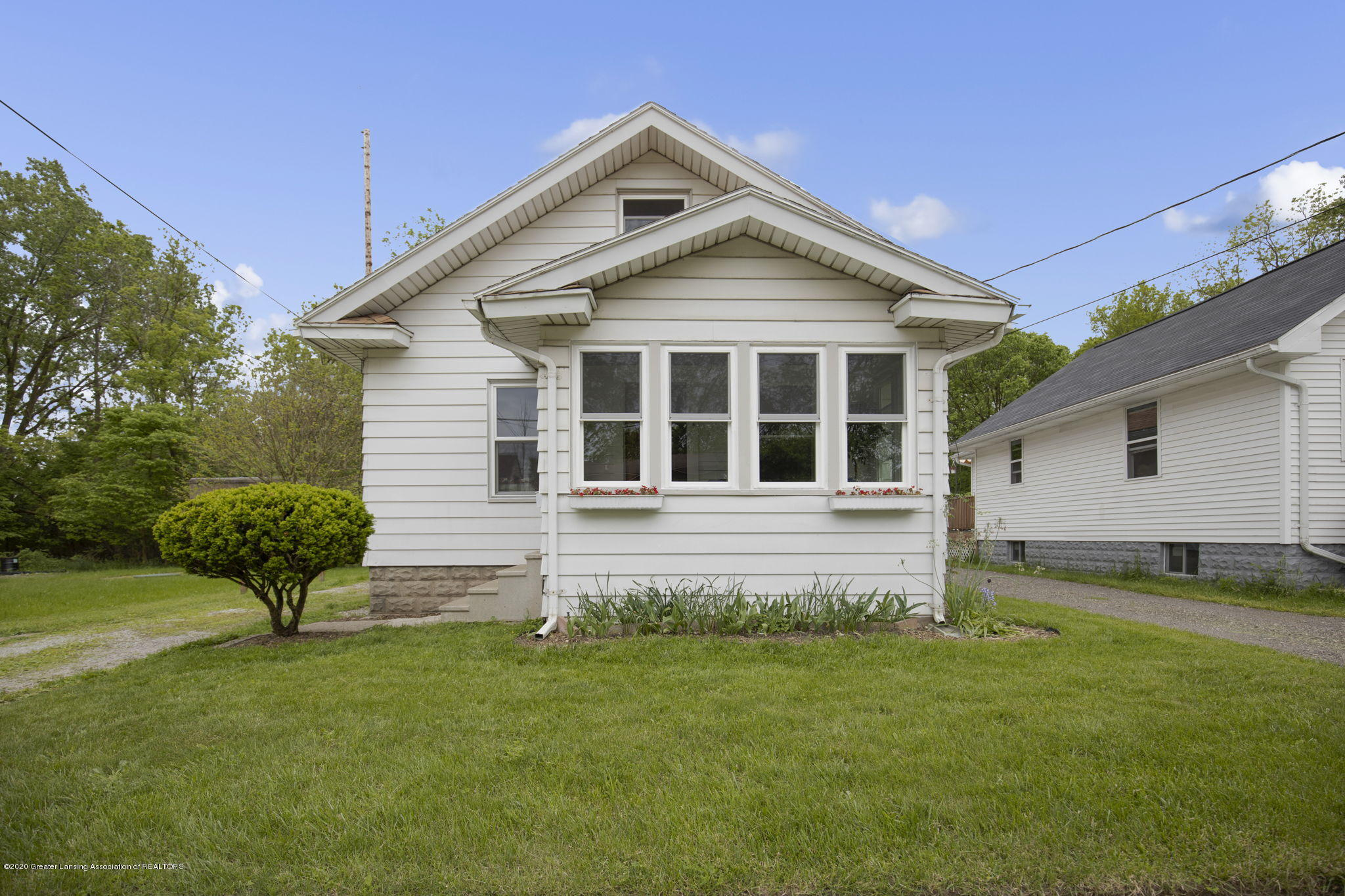 844 Tisdale Ave - Front - 1