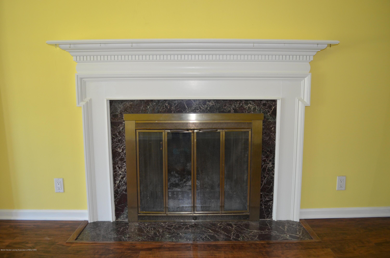 615 Bailey St - Wood Burning Fireplace - 7