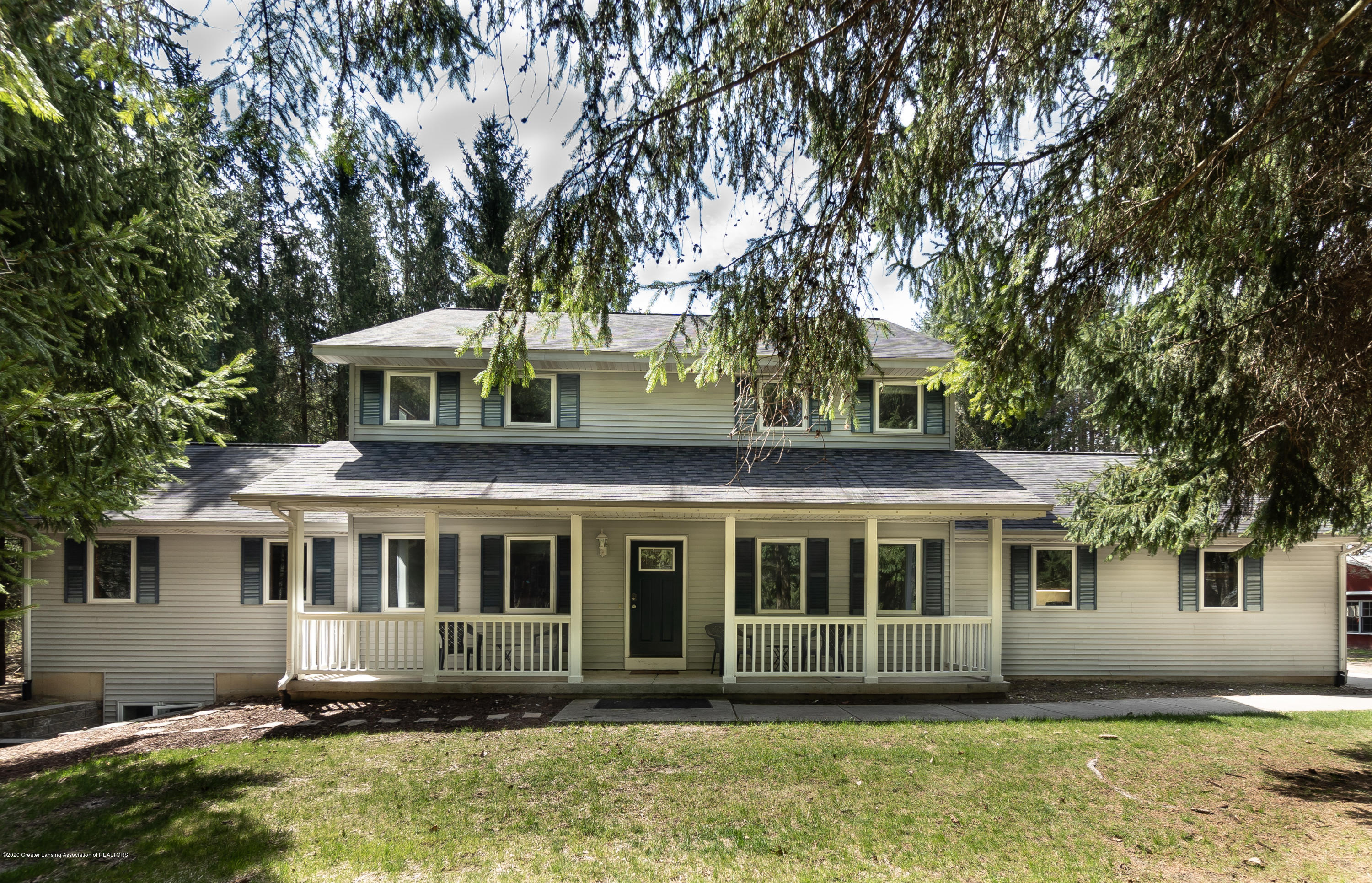 1140 Barry Rd - Front - 1