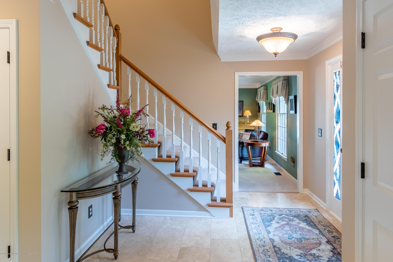4221 Sandridge Dr - Foyer - 10