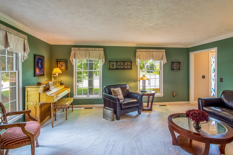 4221 Sandridge Dr - Living Room - 14