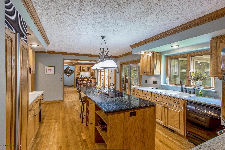 4221 Sandridge Dr - Kitchen - 17
