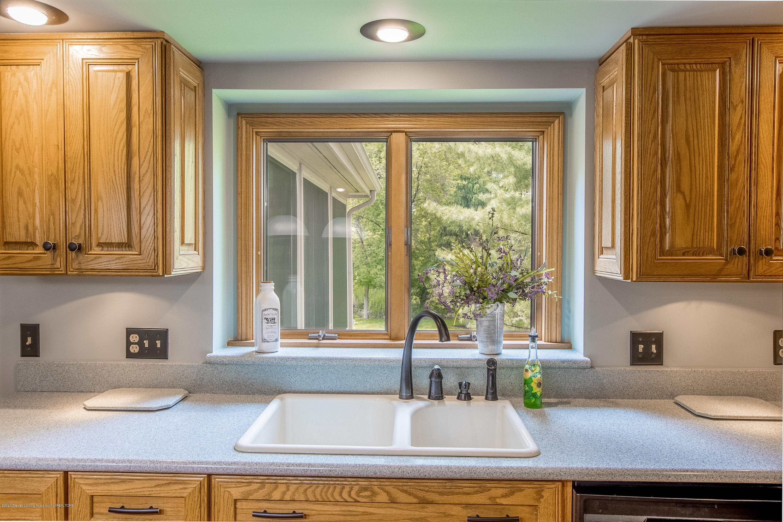 4221 Sandridge Dr - Kitchen - 18