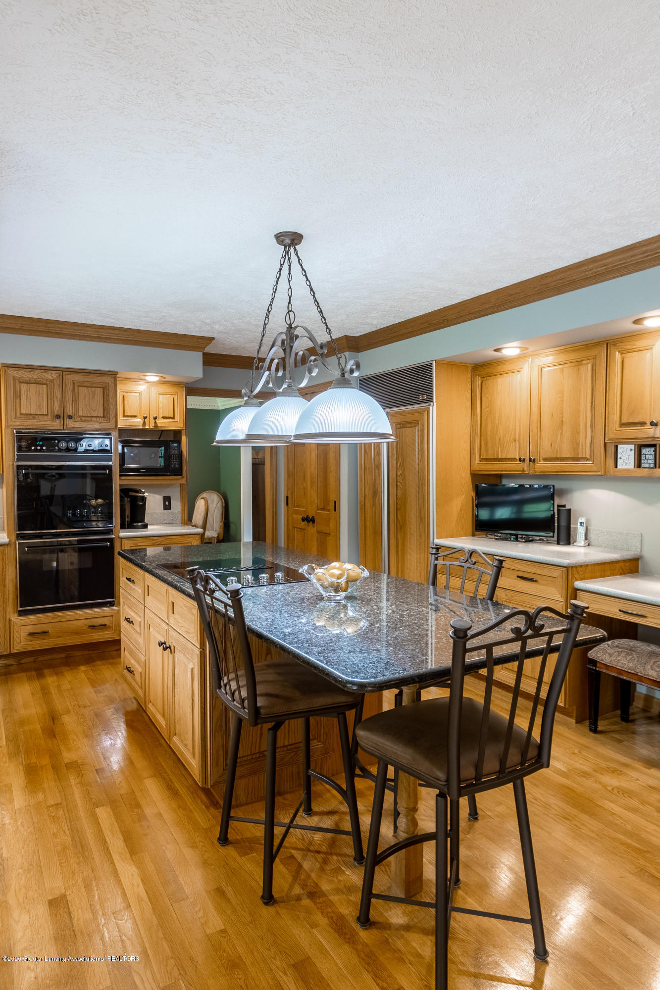 4221 Sandridge Dr - Kitchen - 21