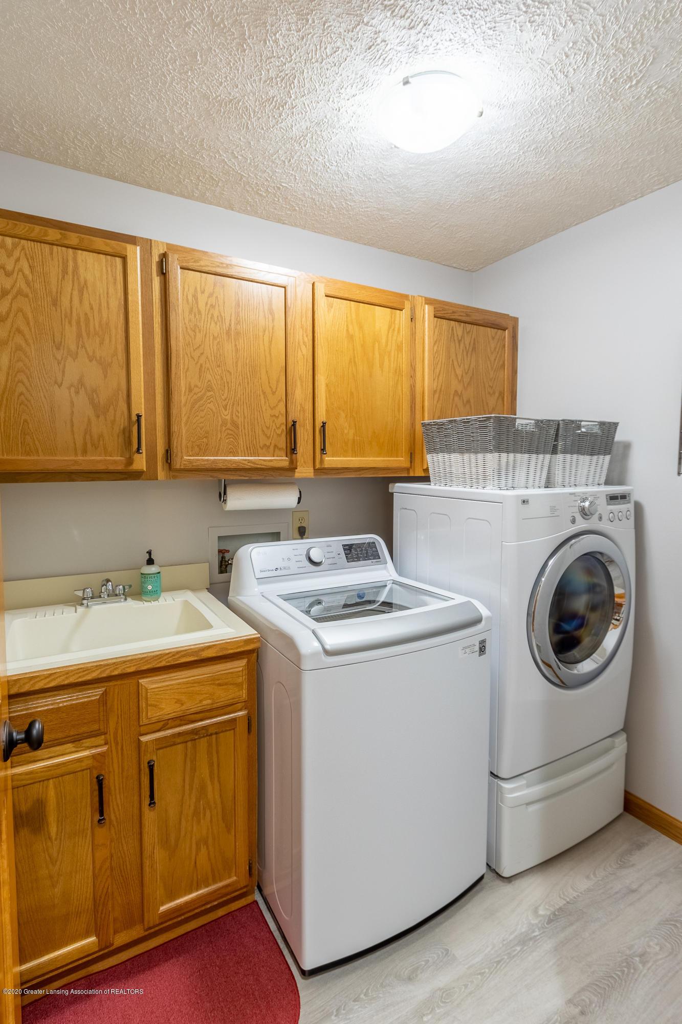 4221 Sandridge Dr - Laundry Room - 29