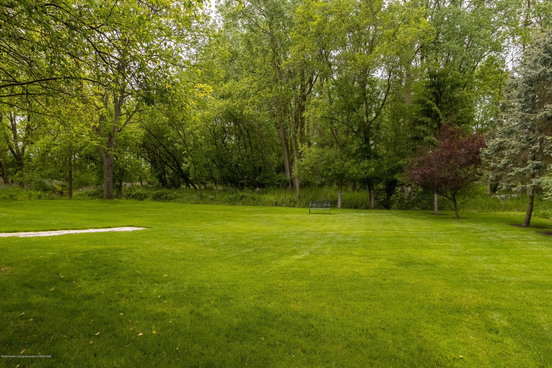 4221 Sandridge Dr - Yard - 67