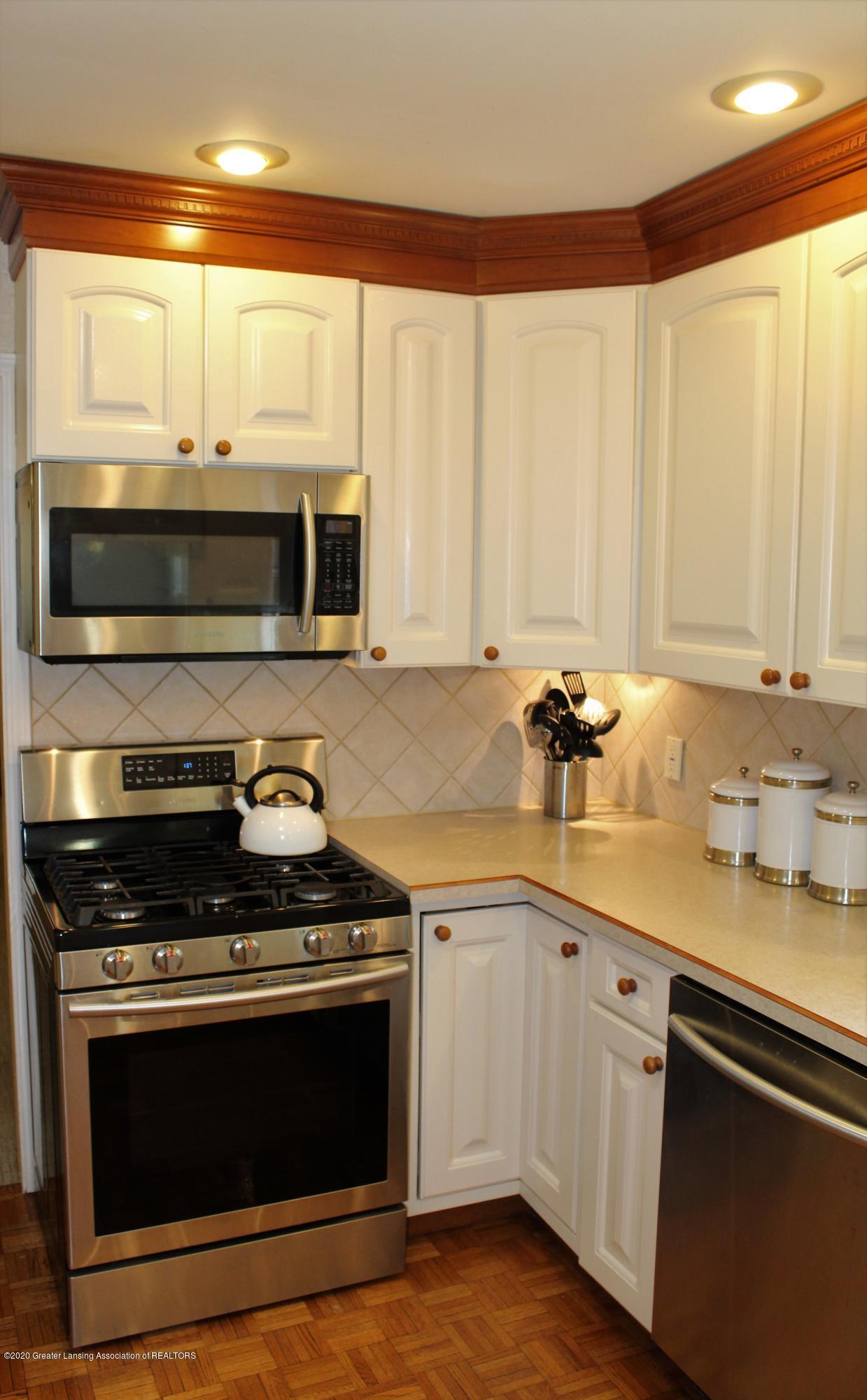 3599 W Arbutus Dr - Kitchen - 19