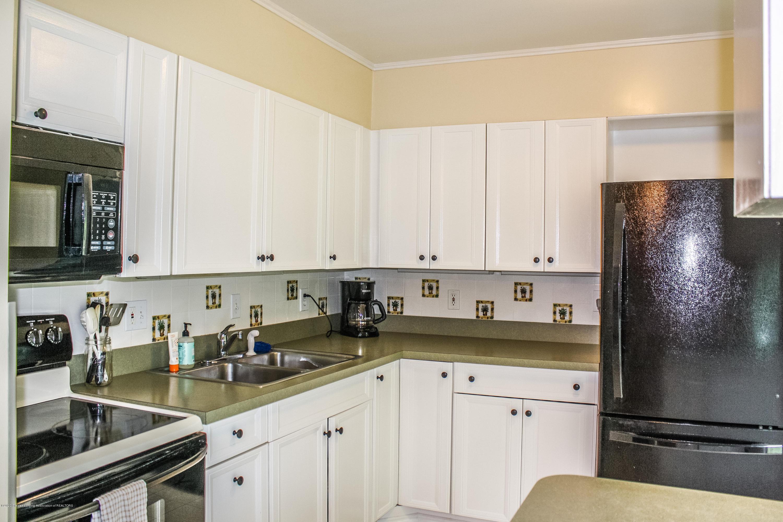 1020 Delridge Rd - Kitchen - 8