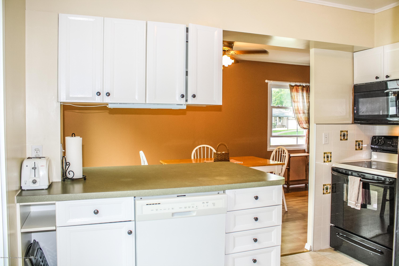 1020 Delridge Rd - Kitchen - 9