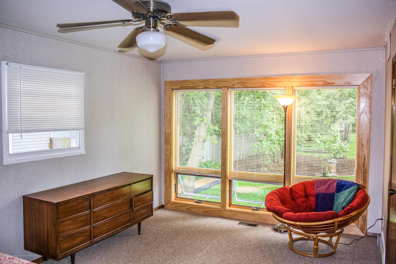 1020 Delridge Rd - Master Bedroom - 13