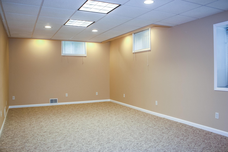1020 Delridge Rd - Lower Level Rec Room - 23