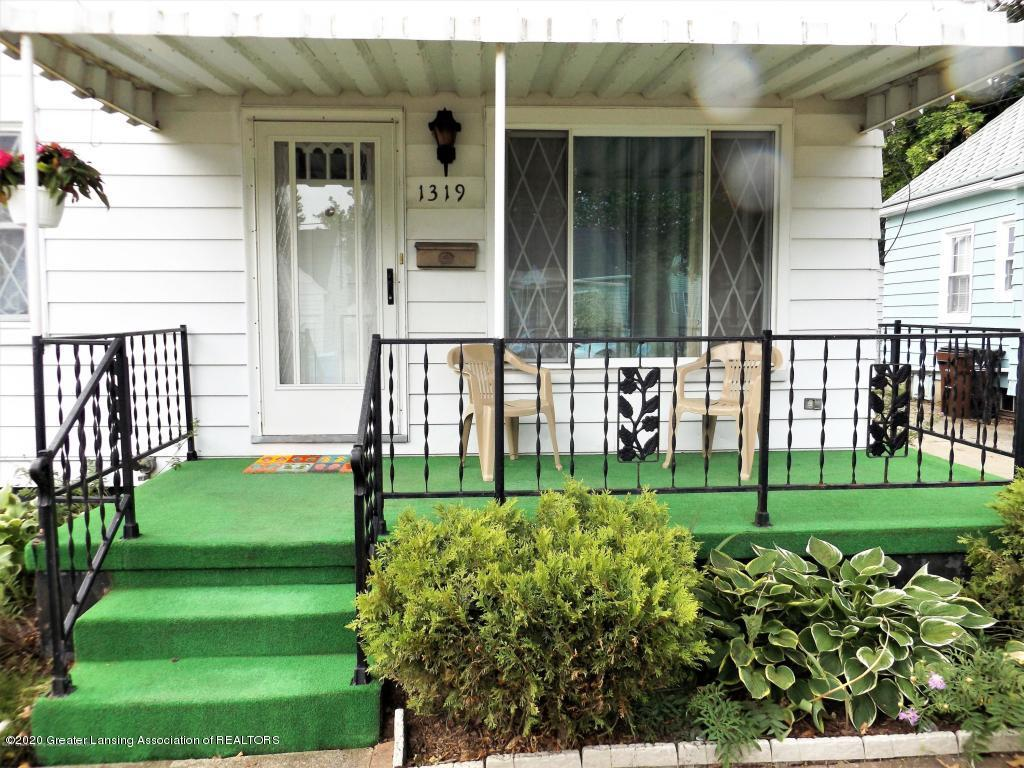1319 Kelsey Ave - Front Porch - 2