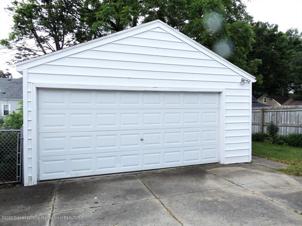 1319 Kelsey Ave - 2 Car Garage - 4
