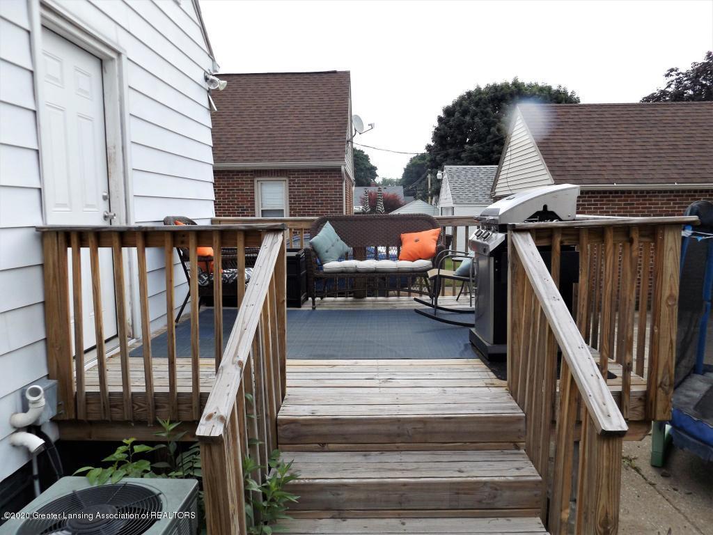 1319 Kelsey Ave - Rear Deck - 27