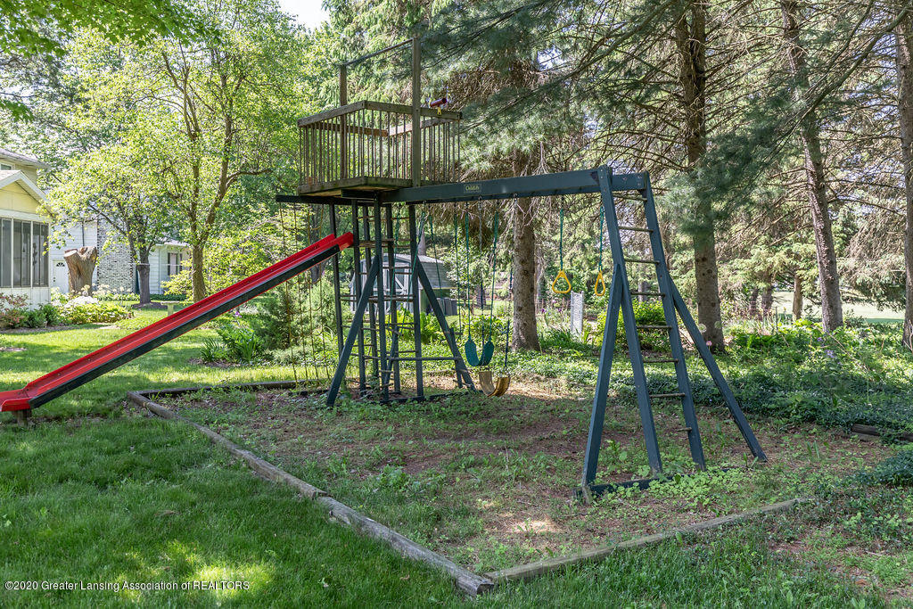 5835 Green Rd - Outside Play Area - 8