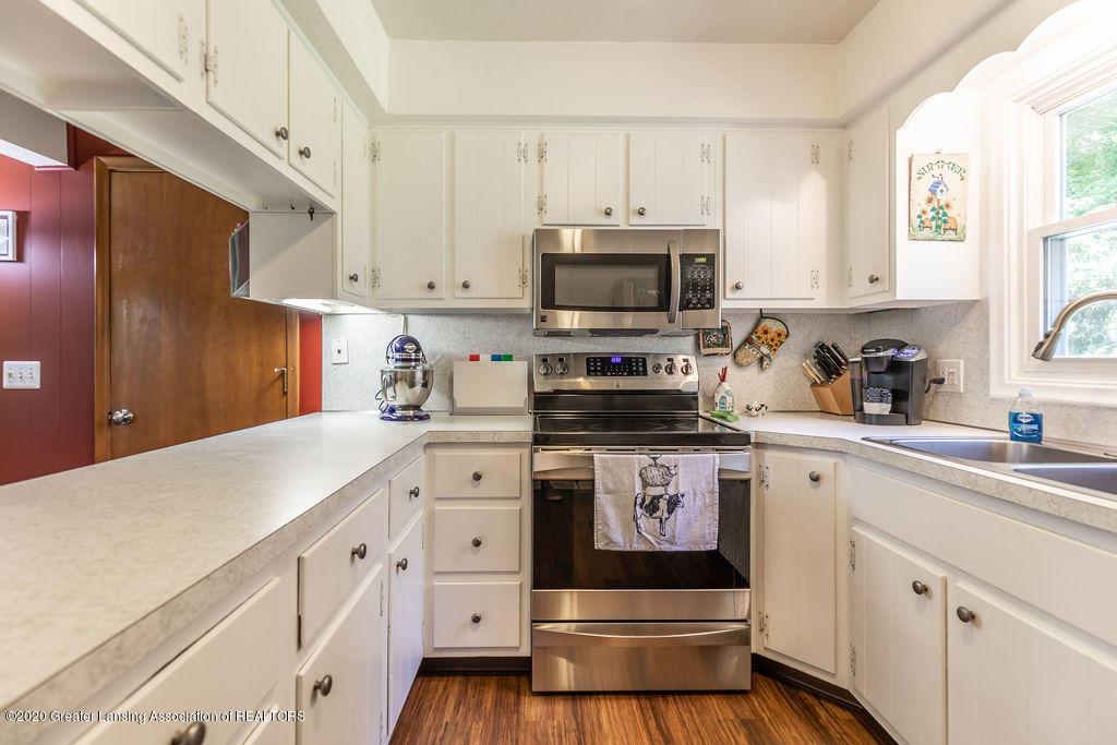 5835 Green Rd - Kitchen - 19
