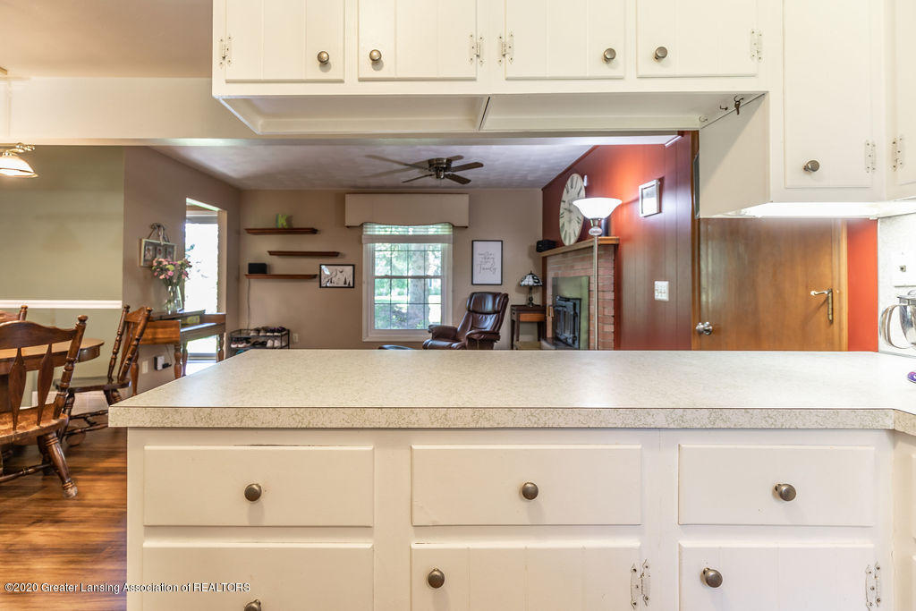 5835 Green Rd - Kitchen into Family - 17