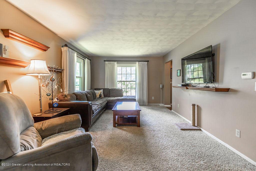 5835 Green Rd - Living Room - 21