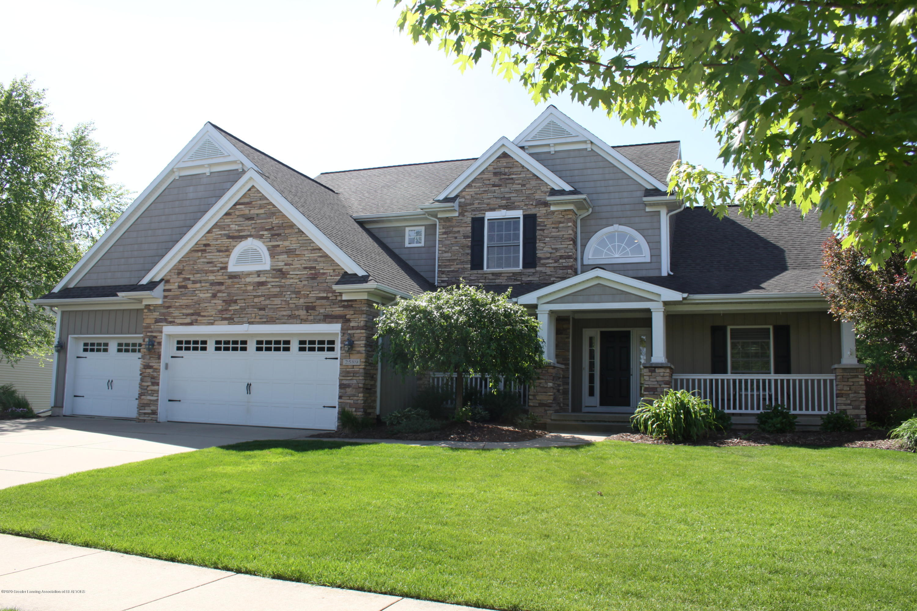 2589 Robins Way - IMG_9459 - 1