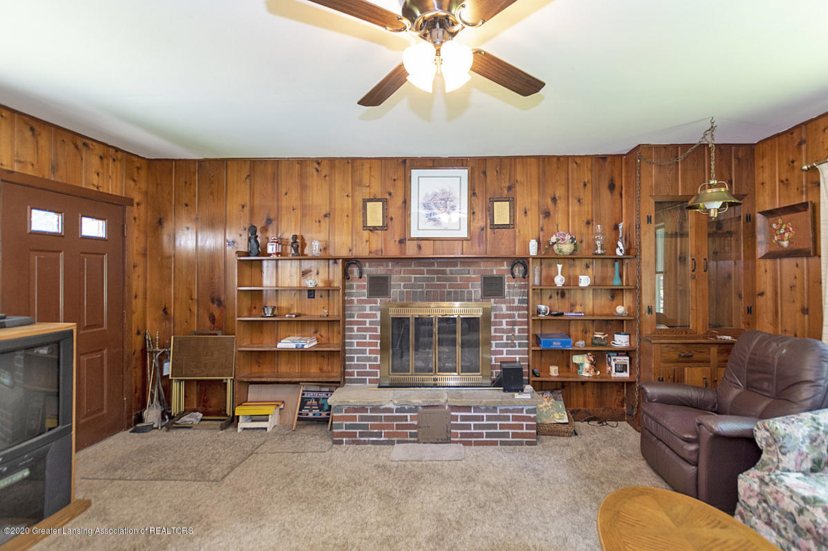 15305 Airport Rd - 02 - 2