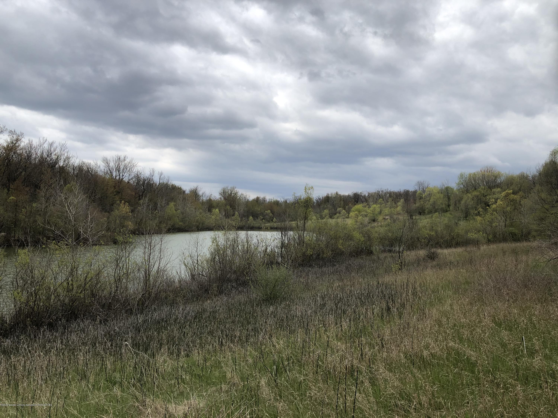 1375 W Round Lake Rd - IMG_4231 - 23